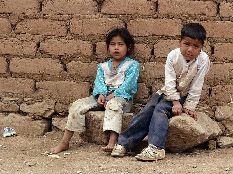 """""""Niños pobres"""" by Tomás Castelazo"""